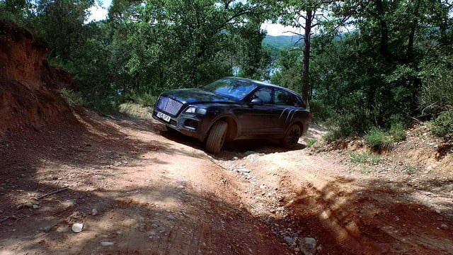 bentley bentayga suv goes off road in new teaser video a level of performance