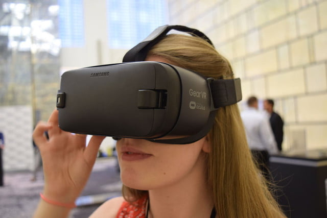 samsung gear vr 2016 hands on  release date specs