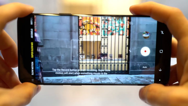 How to Use the Samsung Galaxy S9's Super Slow-motion Feature