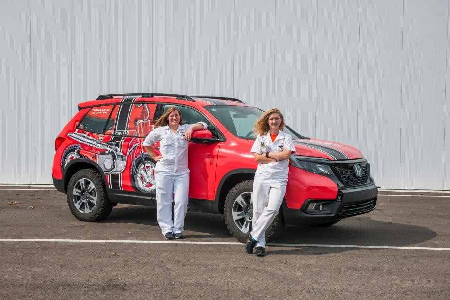 Honda is sending two teams to compete in this women-only off-road rally