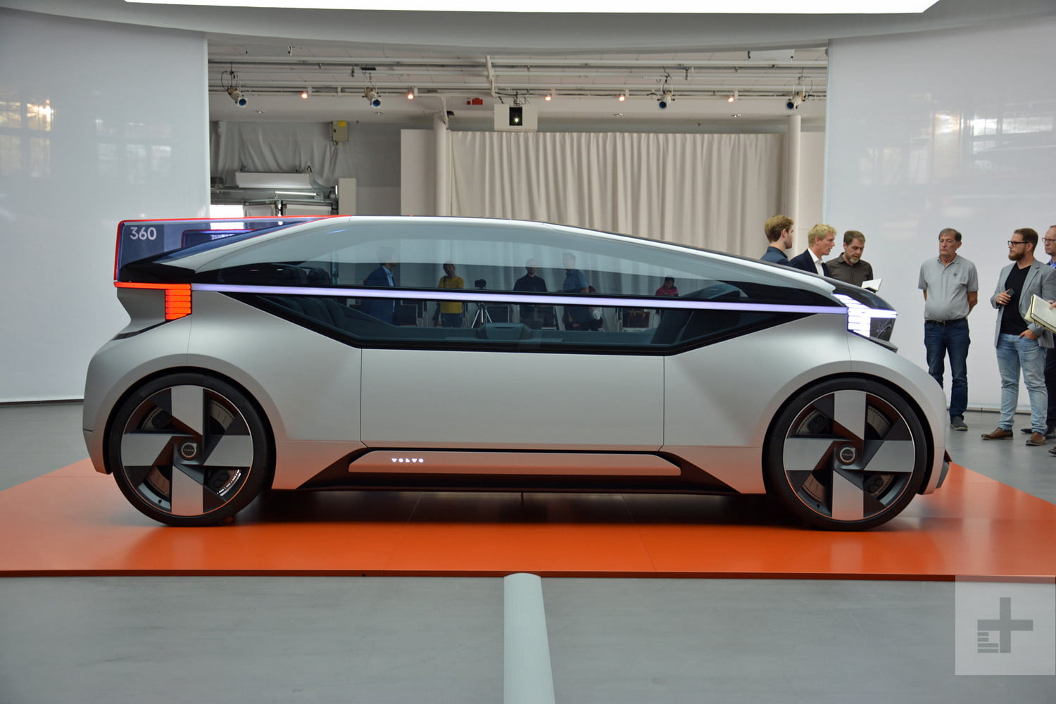 Build A Car >> Autonomous Volvo 360c Concept Is The Future Of Commuting