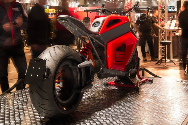 rmk e2 hubless electric motorcycle at show 03  1
