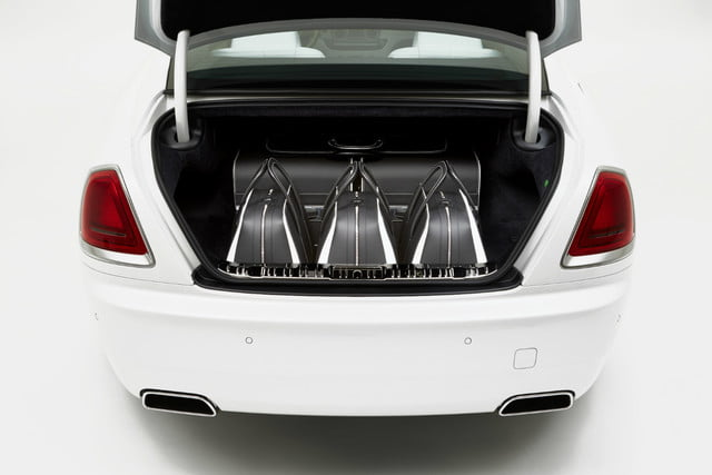 rolls royce luggage collection rr 7
