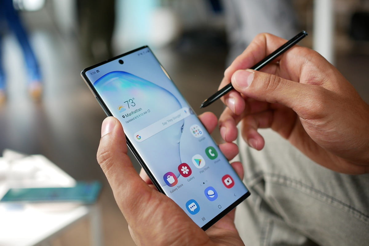 Pre Order The Samsung Galaxy Note 10 On Best Buy Today To Save 100 Digital Trends