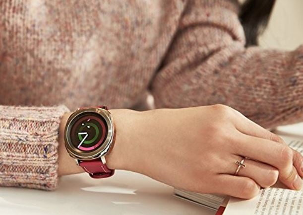 Snag the Samsung Gear Sport smartwatch for 34% less on Amazon