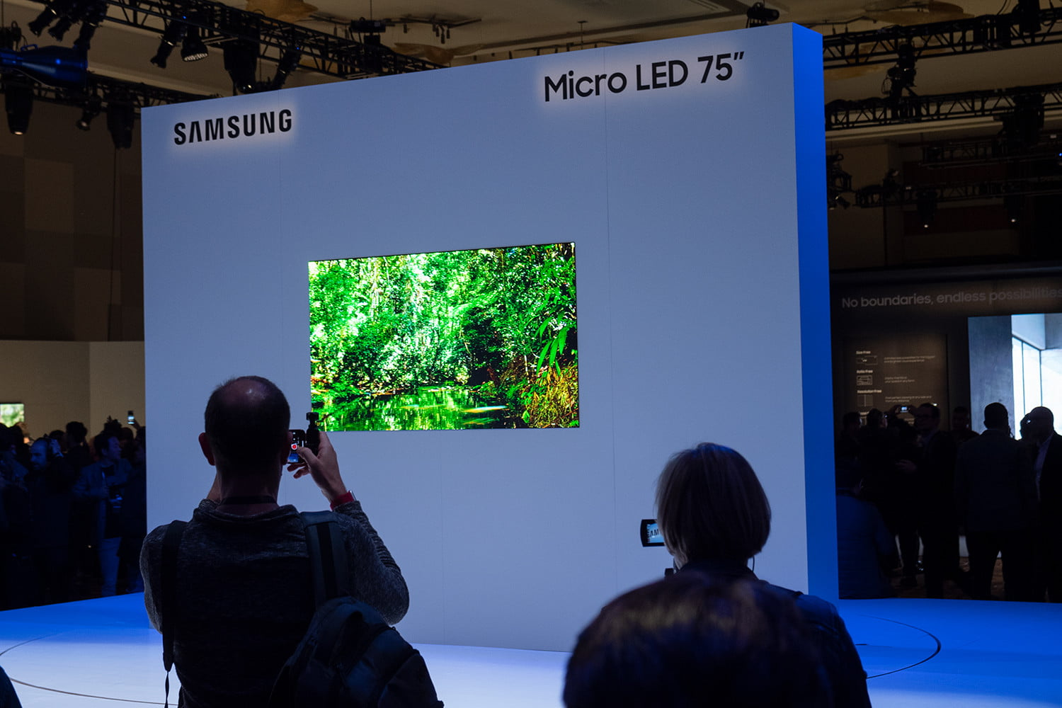 Samsung Puts OLED on Notice with 75-inch MicroLED | CES 2019
