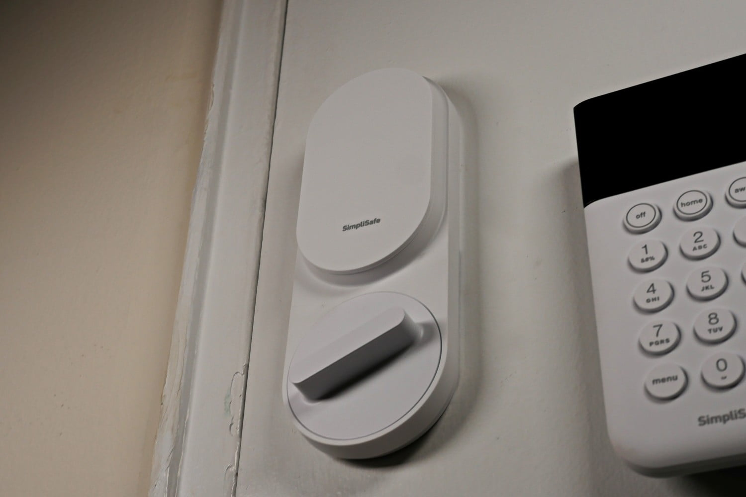SimpliSafe Smart Lock Review: Gorgeous, and easy to install