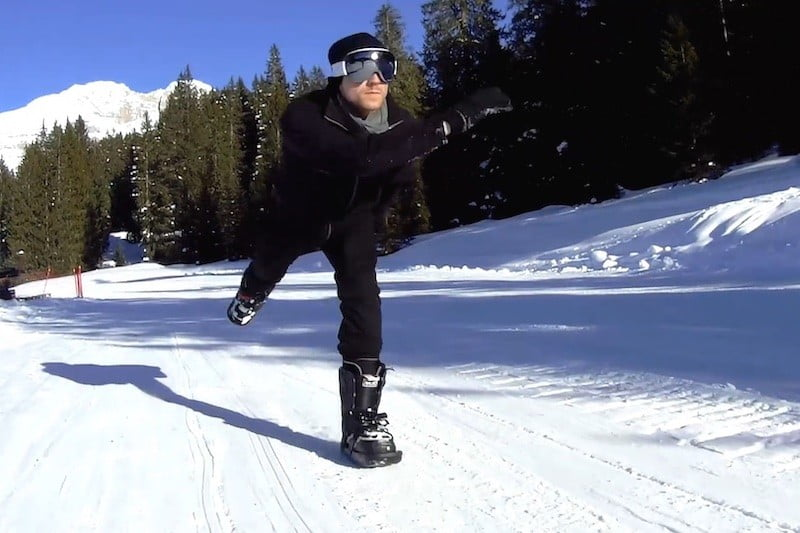 Snowfeet combine skiing and skating into one awesome new sport