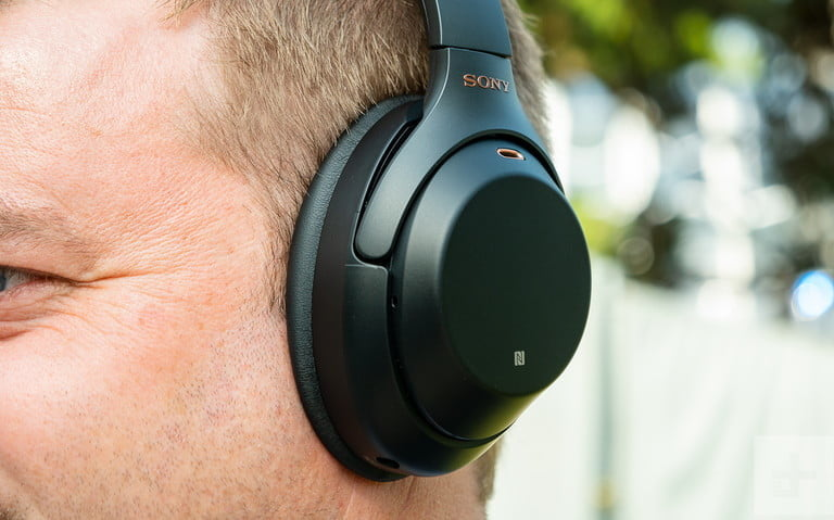 Amazon drops massive deals on these Sony noise-canceling headphones