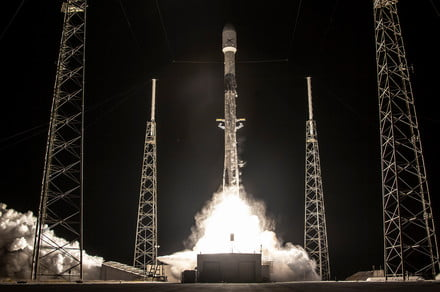 SpaceX plans to beam its Starlink internet to vehicles, not just homes