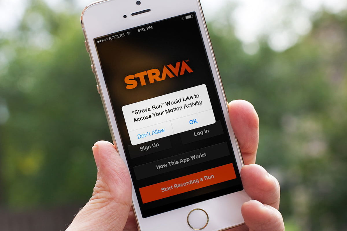Strava vs  MapMyRun | Route Building, Social Features, and
