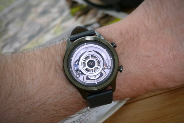 mobvoi ticwatch c2 plus review revolution face