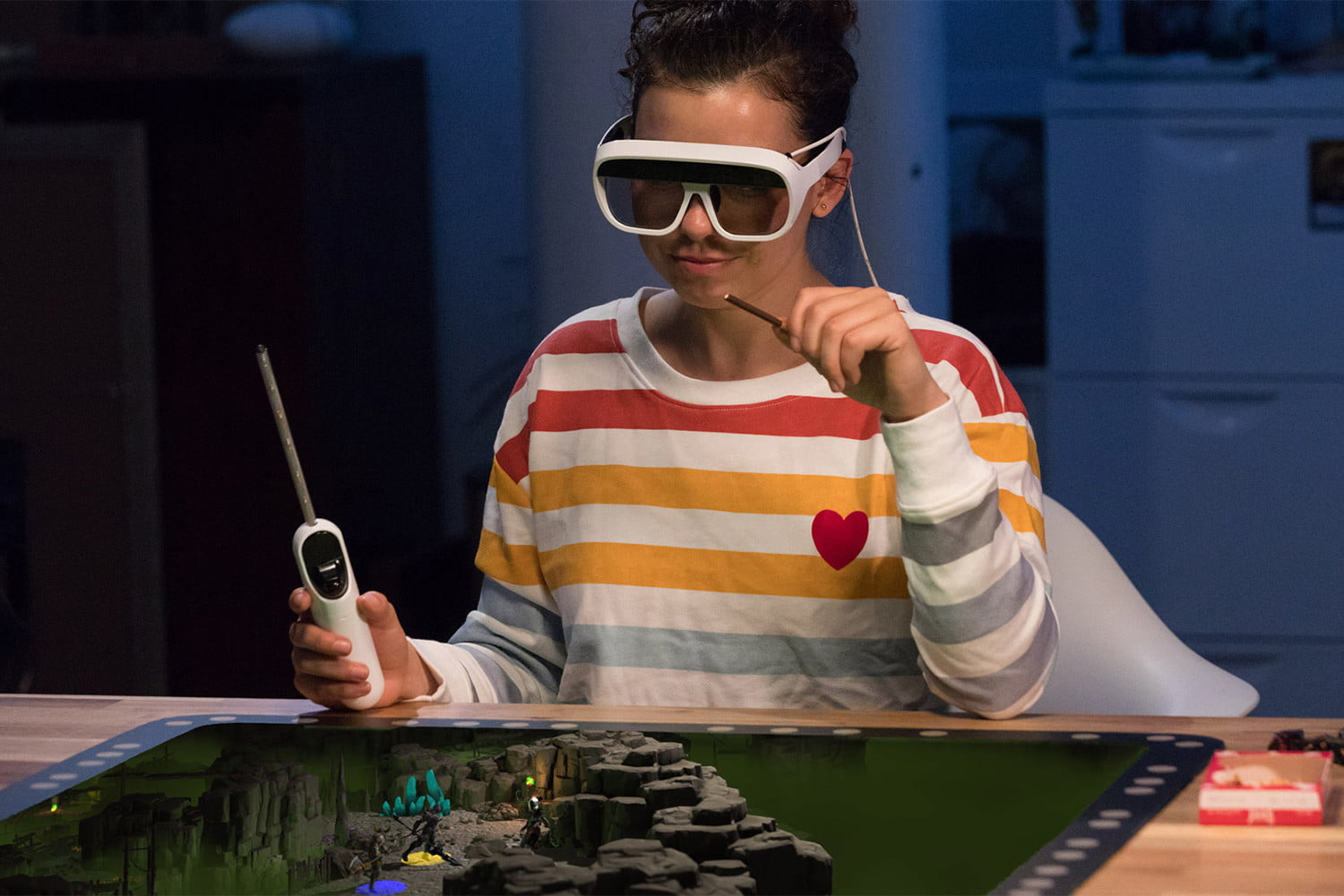 Awesome Tech You Can't Buy Yet: Holographic games and a tool shed in a box