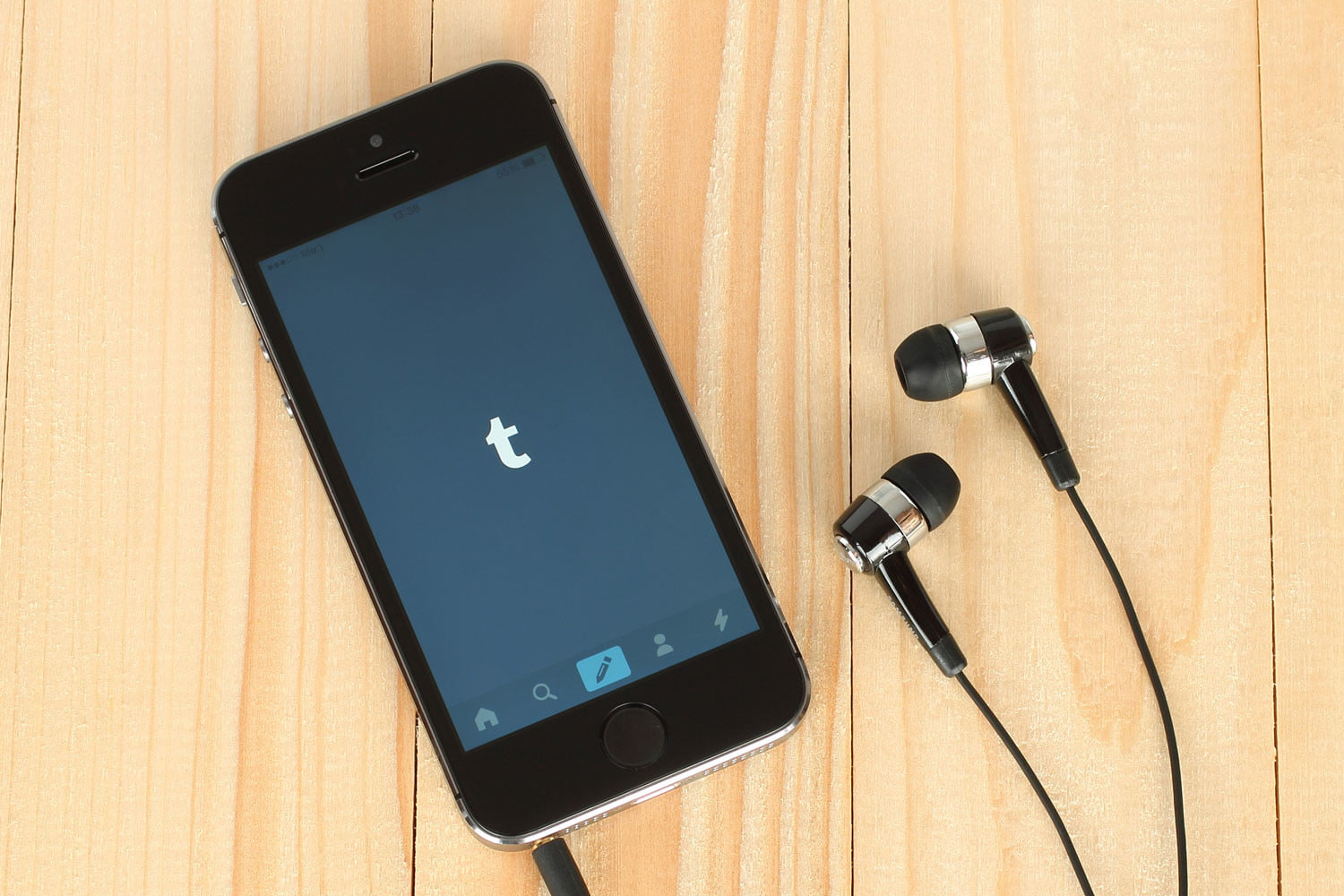 Tumbr for iOS Taken Down from App Store, Likely Due to NSFW
