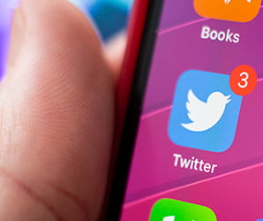 A Twitter bug could use your phone number to expose personal information