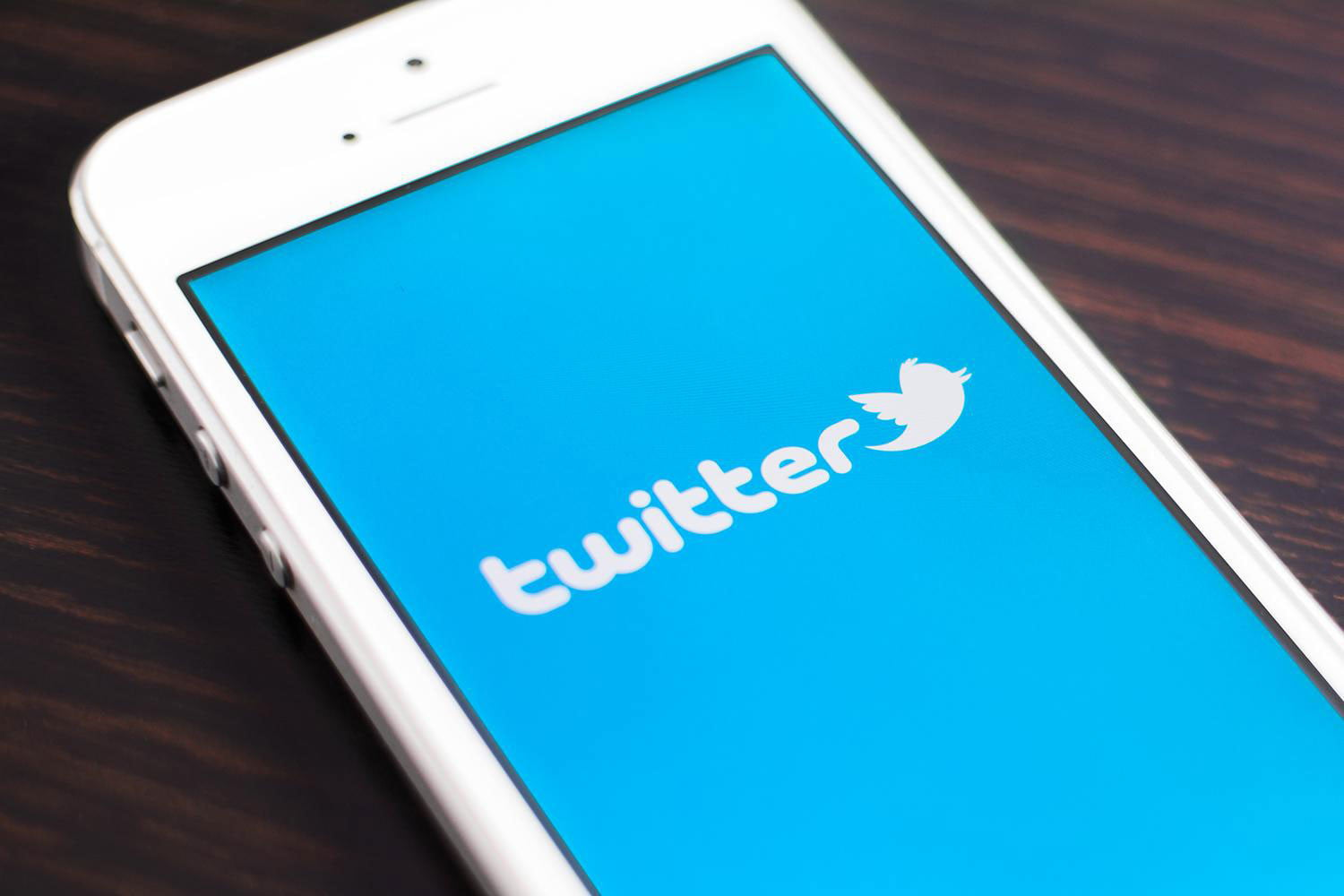 Twitter finally launches its 'Highlights' feature for iOS users | Digital  Trends