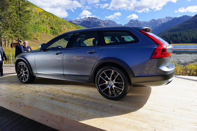 volvo v90 cross country news specs pictures 014