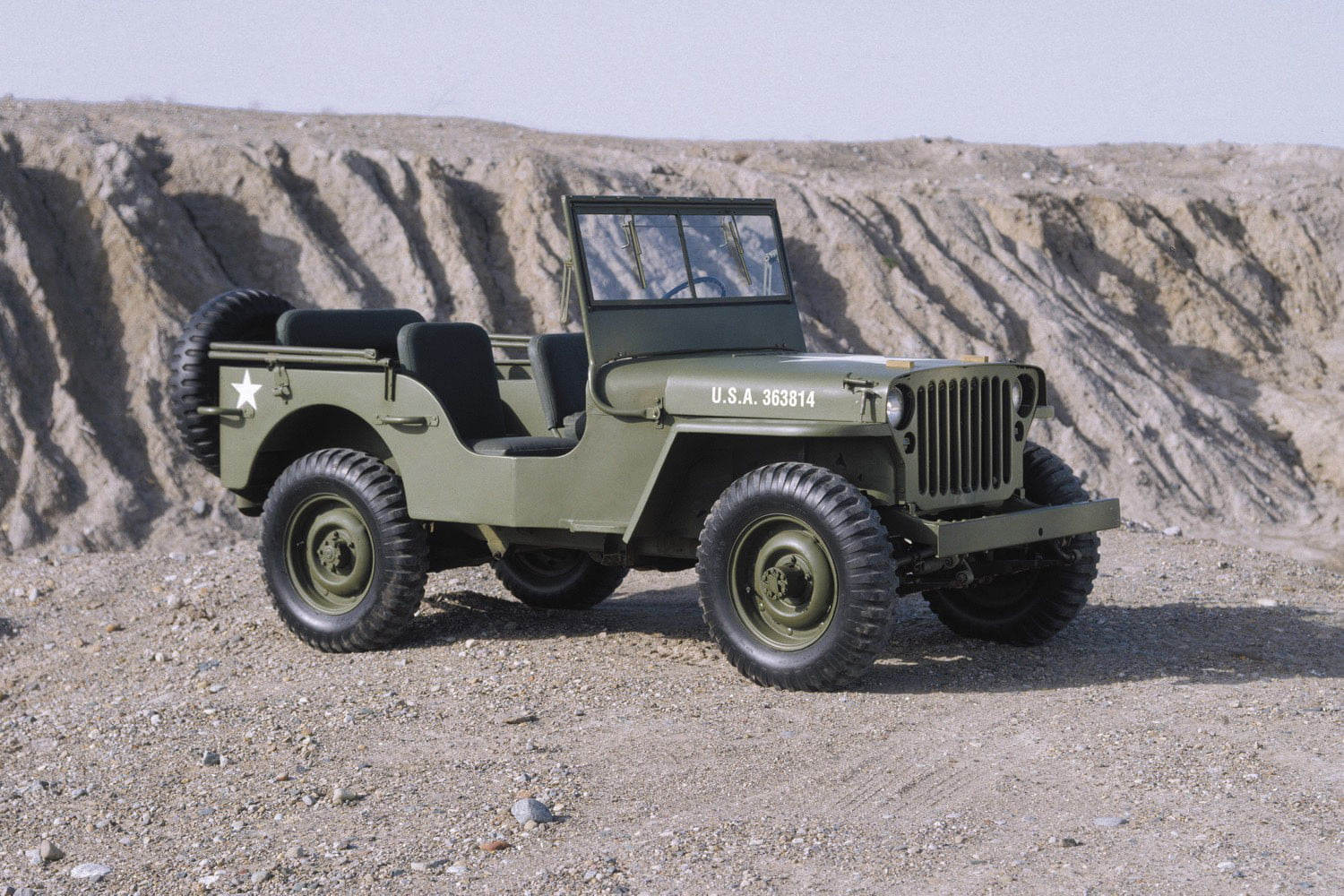 From battlefields to suburban driveways, this is the history of Jeep