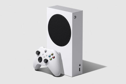 Microsoft reveals the $299 Xbox Series S next-gen gaming console thumbnail