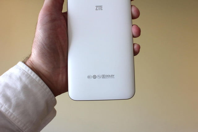 ZTE Grand S3 back bottom
