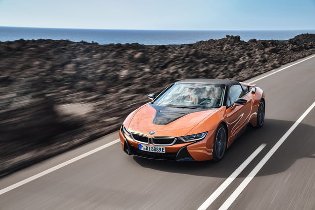 bmw presenta i8 roadster descapotable 2019 head