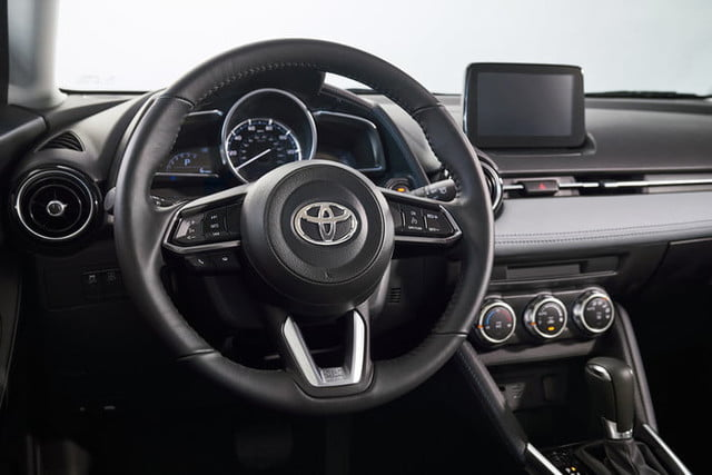 toyota yaris hatchback 2020 hatch 9 700x467 c