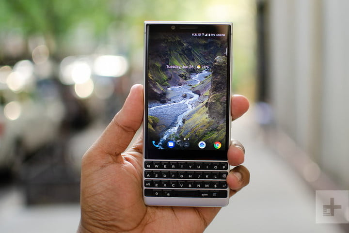 blackberry keytwo key2 review front 800x534 c
