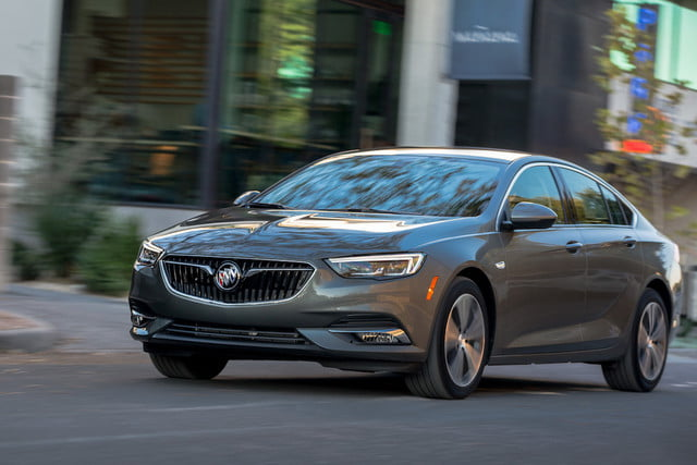buick regal sportback 2018 feat
