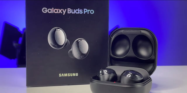 unboxing galaxy buds pro samsung 02