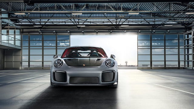 porsche 911 gt2rs woodwood gt2 rs 01
