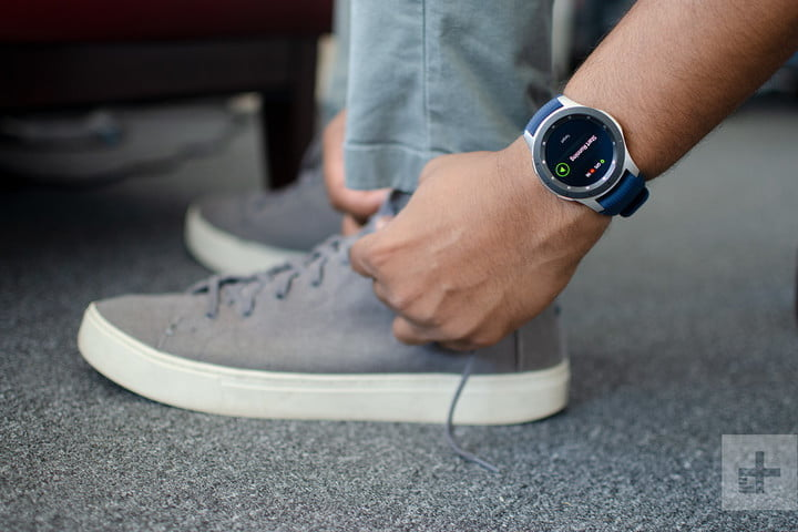 revision samsung galaxy watch 46mm review tying shoes 720x720