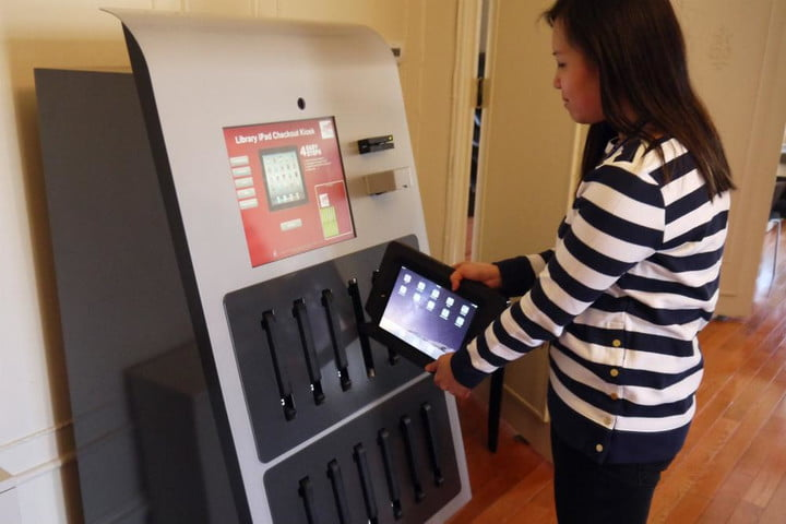 Drexel University unveils first ever vending machine for iPads
