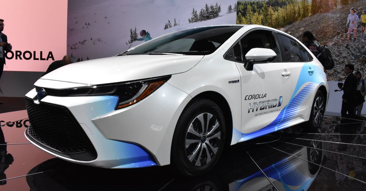 2020 Toyota Corolla Hybrid Revealed At 2018 Los Angeles Auto Show Digital Trends