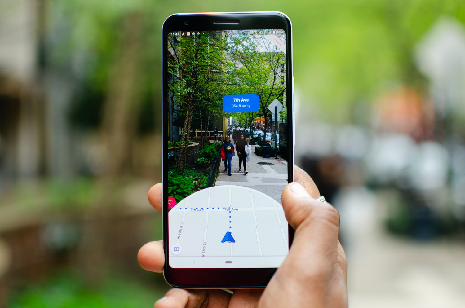 Google's AR Walking Directions Land on More Android Phones and
