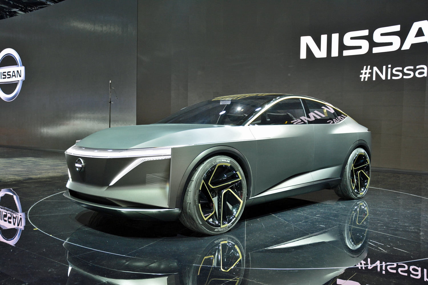 Nissan Ims Concept Teases A Future Long Range Autonomous Electric Car
