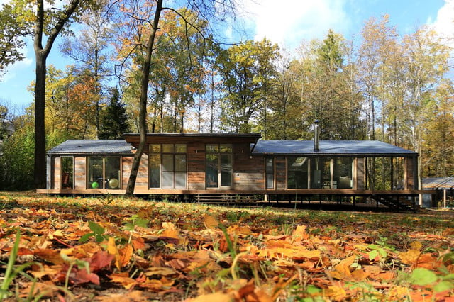 russian cabin built in just 10 days dubldom exterior 1