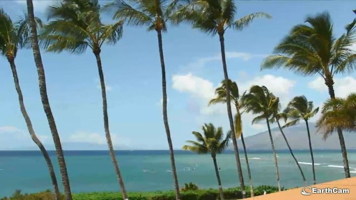 Earthcam adds maui to its list of global webcams digital trends earthcam maui gumiabroncs Gallery