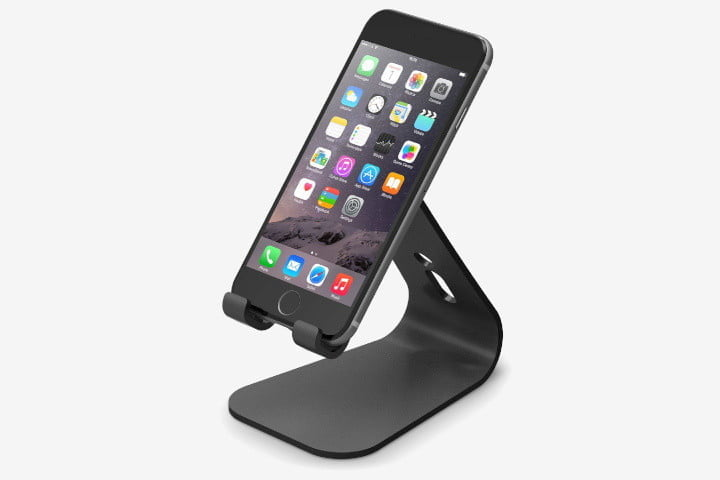 quality design 85b2b 6625b The 15 Best iPhone Docks for Your Desk or Bedside Table | Digital Trends