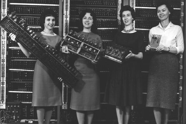 remembering eniac and the women who programmed it