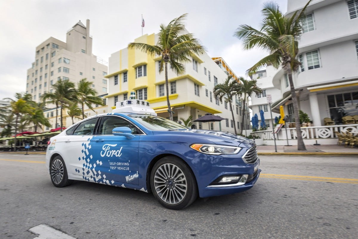 Ford Determined to Launch Self-driving Car Service 'at Scale' by 2021 | Digital Trends