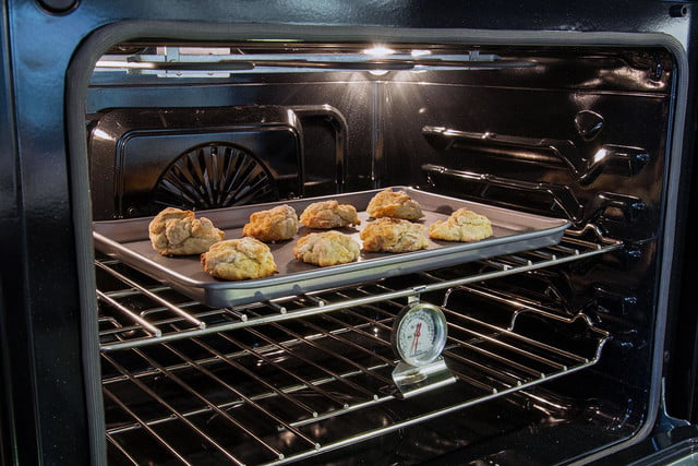 Frigidaire double oven FGET-3065PF interior review