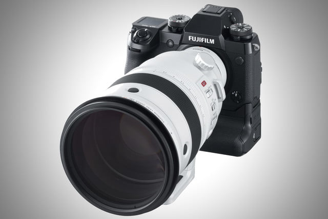 fujifilm 8 16mm 200mm f2 lenses announced xf200mm xh1
