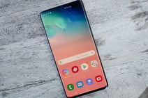 galaxy s10 plus review feat