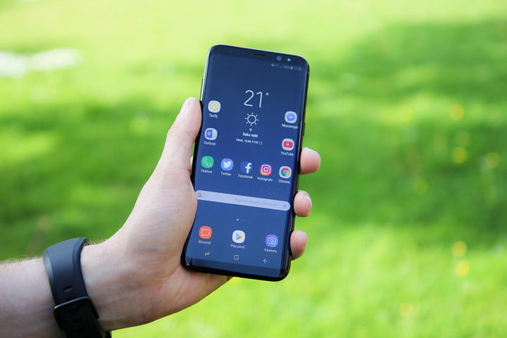 b817fe8725e Samsung Galaxy Note 8 vs. Galaxy S8 Plus