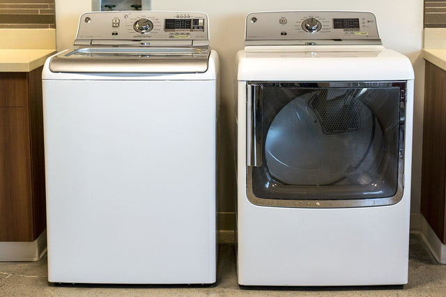 GE washer GTWS8350HWS side by side