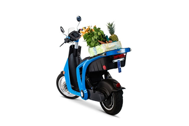 Mahindra's New GenZe 2 0 Scooter Connects to the Cloud | Digital Trends