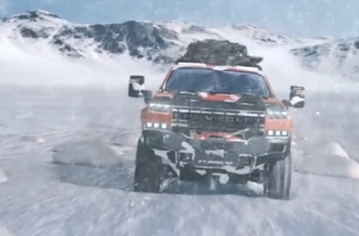 This hydrogen-powered Chevrolet Silverado looks like it's straight out of Halo
