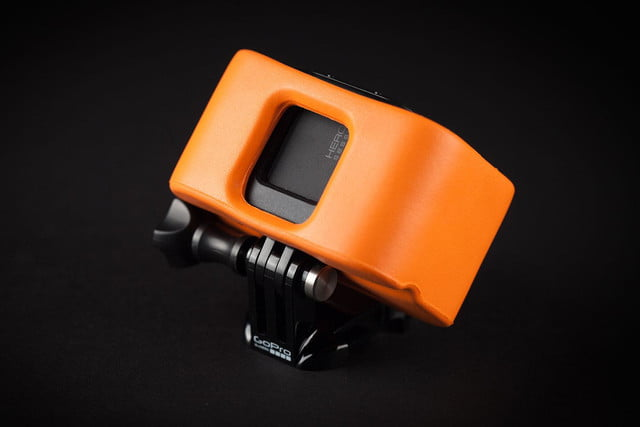 GoPro Hero 4 session hands on back angle 2