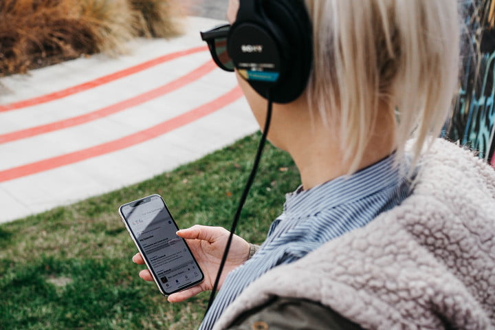 amazon eyes streaming industry spotify should be alarmed headphones music podcasts lifestyle