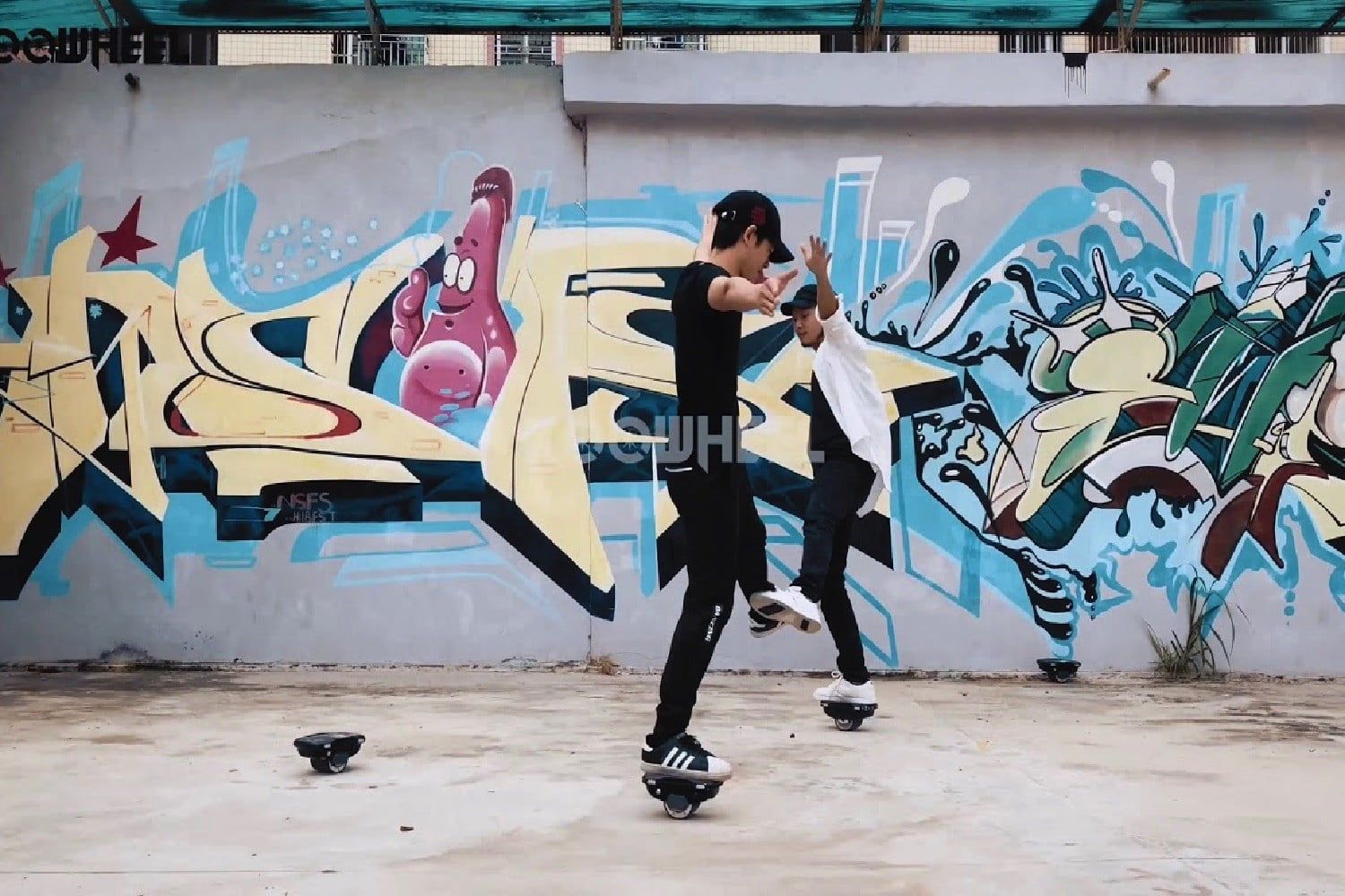 New Hovershoes X1 Are Like Motorized Self-Balancing Rollerblades